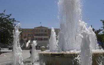 Λέσχες Φιλίας ανοίγει ο δήμος Αθηναίων για την αντιμετώπιση του καύσωνα
