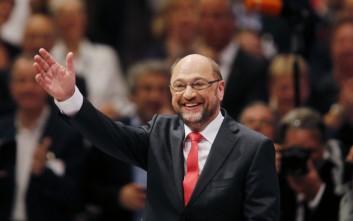 Ο Σουλτς θα είναι ξανά υποψήφιος για την προεδρία του SPD