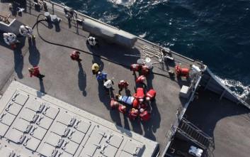 Δύο τραυματίες και επτά αγνοούμενοι από τη σύγκρουση πολεμικού πλοίου με εμπορικό στην Ιαπωνία