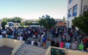 Κάτοικοι του Μενιδίου στο υπουργείο Προστασίας του Πολίτη