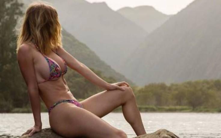 girls_bikinis7