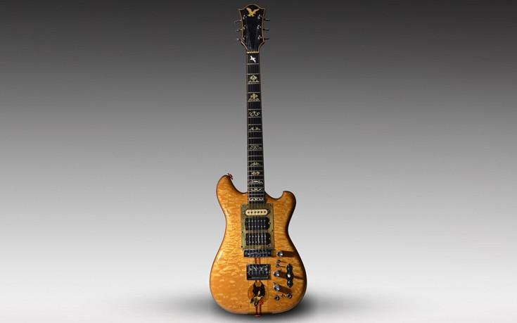 Πωλήθηκε κιθάρα έναντι 1,9 εκατ. δολαρίων