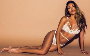 Η Ελένη Φουρέιρα δεν είναι σε καμία περίπτωση άγνωστη με τις πιο σέξι φωτογραφίες.