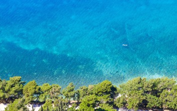 Αρβανιτιά, η παραλία στην καρδιά του Ναυπλίου