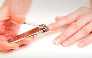 Πώς να κόψετε τα νύχια σας με το σωστό τρόπο