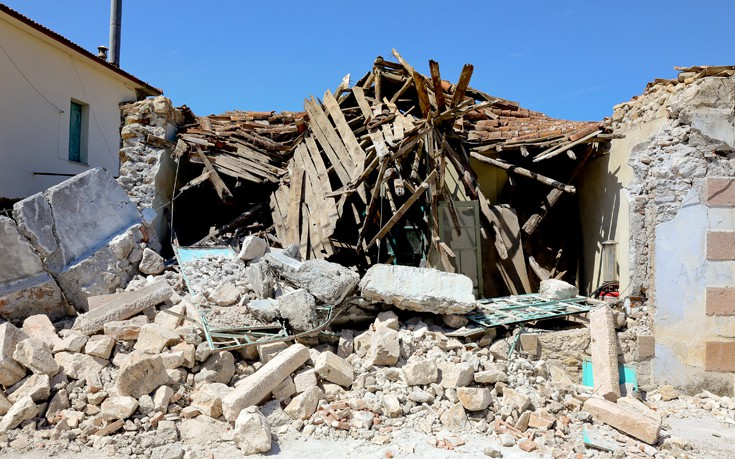 «Απαραίτητη η σωτηρία των αρχιτεκτονικών στοιχείων που κατέρρευσαν στον σεισμό στη Βρίσα»