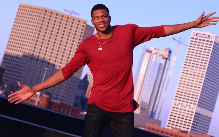 Γίνε ο «Hero» στη μεγαλύτερη γιορτή μπάσκετ παρέα με το STR8