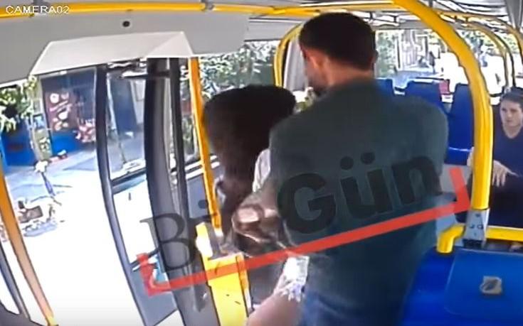 Γυναίκα δέχτηκε επίθεση σε λεωφορείο επειδή φορούσε σορτσάκι