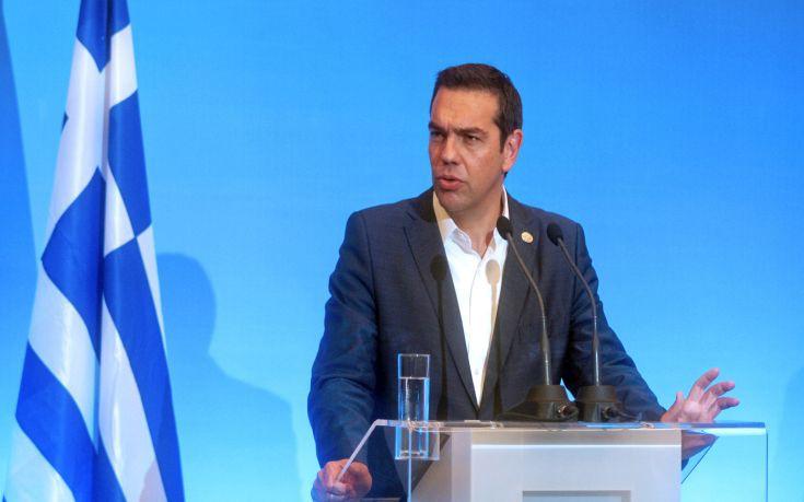 Με φόντο τα μέτρα για την ανεργία η επίσκεψη Τσίπρα στο υπουργείο Εργασίας