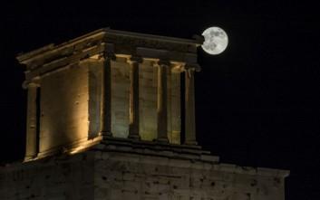 Αυγουστιάτικη πανσέληνος με γιορτή σε αρχαιολογικούς χώρους και μουσεία