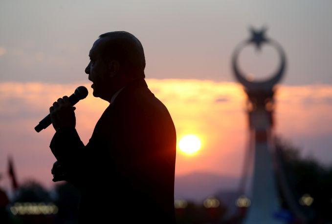 «Το ΔΝΤ έχει τη δύναμη να βάλει τον Τούρκο πρόεδρο στη θέση του»