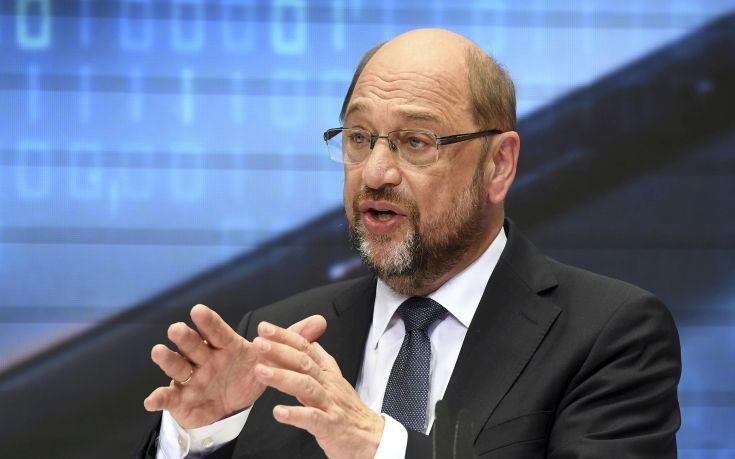 Την παραίτησή του από την ηγεσία του SPD υπέβαλε ο Σουλτς