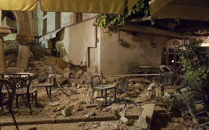 Στην Κρήτη μεταφέρονται τέσσερις τραυματίες από τoν σεισμό στην Κω