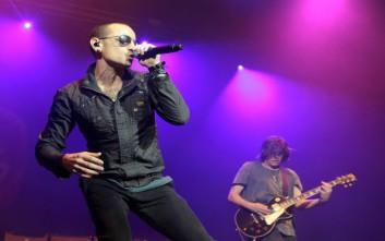 Ο τραγουδιστής των Linkin Park πέθανε την ημέρα των γενεθλίων του Κρις Κορνέλ