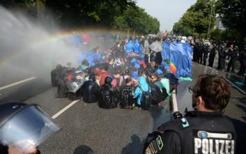 Γκάμπριελ: Αμαυρώθηκε διεθνώς η εικόνα της Γερμανίας από τα επεισόδια του Αμβούργου