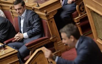 Σύγκρουση αρχηγών στη Βουλή για την οικονομία και το Σκοπιανό