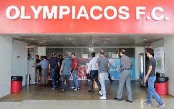 Ουρές για τα εισιτήρια διαρκείας του Ολυμπιακού