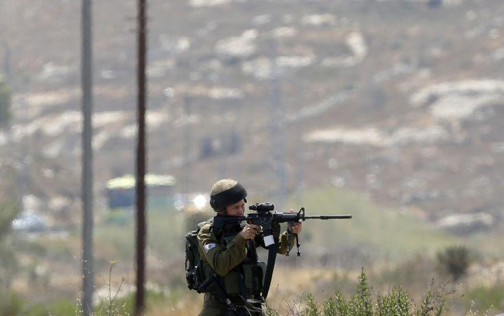 Νεκρός παλαιστίνιος σε ανταλλαγή πυρών με ισραηλινούς στρατιώτες στη Δυτική Όχθη