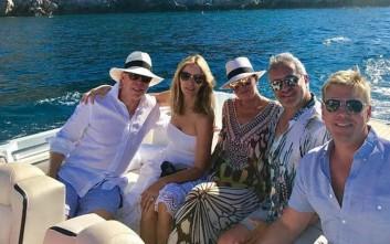 Ποιοι διάσημοι κάνουν διακοπές στην Ύδρα
