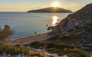 Η πανέμορφη παραλία της Αττικής