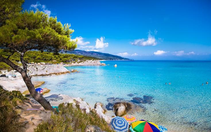 Οι εντυπωσιακές παραλίες της Χαλκιδικής