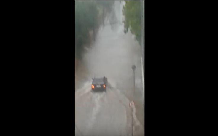 Πλημμύρισαν τα παράλια της Λάρισας