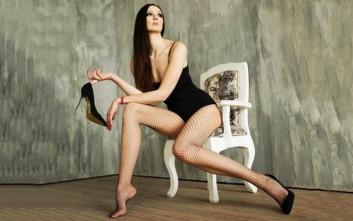 Η Ρωσίδα που ισχυρίζεται ότι έχει τα ψηλότερα πόδια στον κόσμο