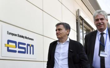 Την έγκριση της τρίτης δόσης του ελληνικού προγράμματος θα προτείνει ο ESM