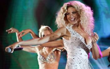 Εκθαμβωτική και σέξι στην σκηνή του X Factor η Ευαγγελία Αραβανή