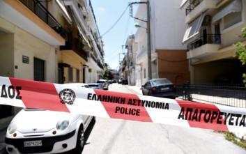 Δολοφονήθηκε 92χρονος σε ισόγειο στα Εξάρχεια