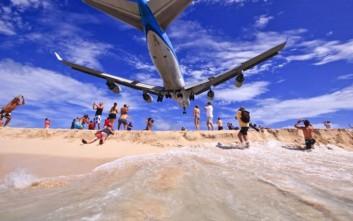 Το «παιχνίδι» με το αεροπλάνο αποδείχθηκε μοιραίο για μια γυναίκα στην Καραϊβική