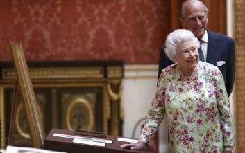Στα 91 της χρόνια, η βασίλισσα Ελισάβετ εθεάθη να ιππεύει