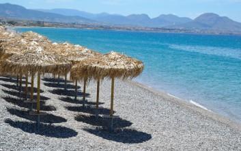 Οι ακατάλληλες παραλίες για κολύμπι εκτός Αττικής