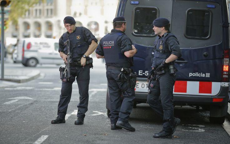 Κάμερα διαχείρισης κυκλοφορίας κατέγραψε το όχημα της επίθεσης στη Βαρκελώνη