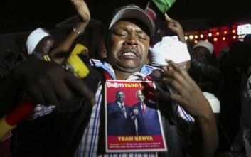 Βία και αίμα στην Κένυα μετά την επανεκλογή του Ουχούρου Κενυάτα