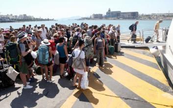 Όπου φύγει φύγει οι Αθηναίοι, αυξημένη η κίνηση στα λιμάνια