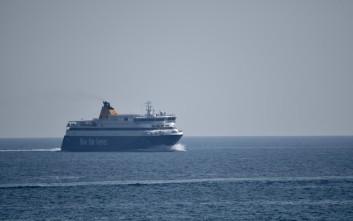 Το Blue Star Delos έκανε «ποδαρικό» για το 2018 στον Πειραιά