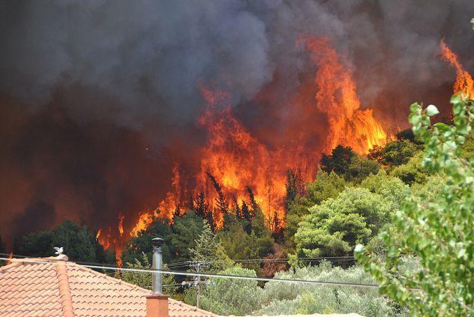 Μεγάλη πυρκαγιά στη Ζαχάρω