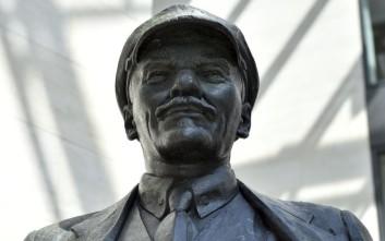 Ο δήμαρχος Σιάτλ θέλει να γίνει… Ουκρανός με τον Λένιν