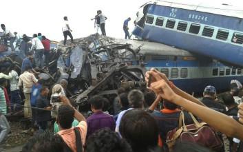 Αυξάνει ο απολογισμός των θυμάτων εκτροχιασμού αμαξοστοιχίας στην Ινδία