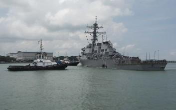 Βρέθηκαν σοροί στο αντιτορπιλικό των ΗΠΑ που συγκρούστηκε με δεξαμενόπλοιο
