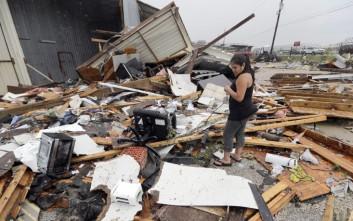«Άνευ προηγουμένου» οι καταστροφές από τον τυφώνα Χάρβεϊ