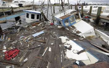 Αλματώδης αύξηση τιμών του πετρελαίου λόγω του τυφώνα Χάρβεϊ