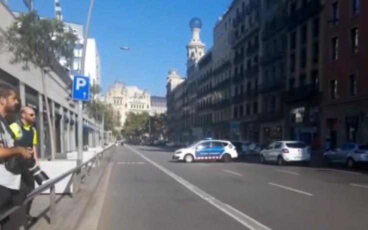 Δυο νεκροί και 25 τραυματίες στη Βαρκελώνη