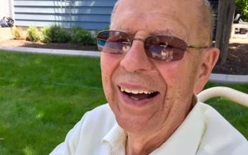 Η παράξενη ιδέα ενός 94χρονου για να μην νιώθει μοναξιά