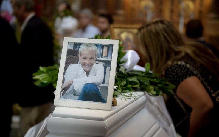 Το ξέσπασμα του Νίκου Μαστοράκη για την κηδεία της Ζωής Λάσκαρη