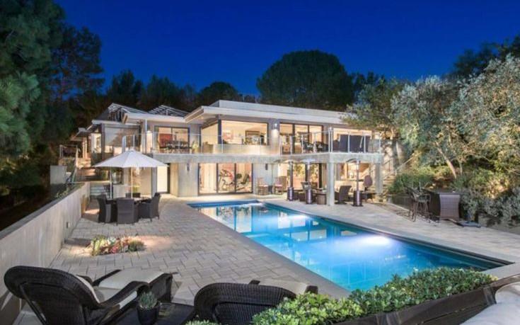Στα… αζήτητα η έπαυλη της Τζέιν Φόντα στο Beverly Hills