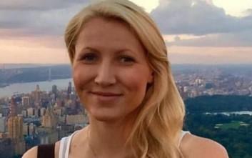 Δασκάλα έκανε σεξ με ανήλικο μαθητή της σε τουαλέτα αεροπλάνου