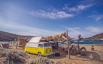 Aυτά είναι τα καλύτερα beach bars της Ελλάδας σύμφωνα με τον Guardian