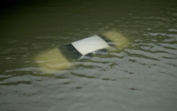 Βίντεο από τις διασώσεις ανθρώπων μέσα από τα νερά στο Τέξας